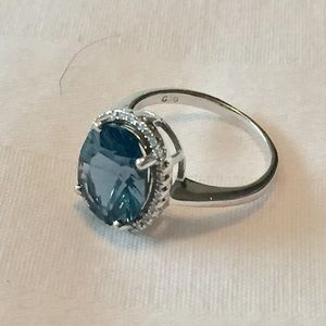 Jewelry - London blue topaz 14kt gold